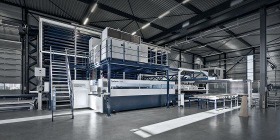 Automated sheet metal racking system for optimal storage and machine supply